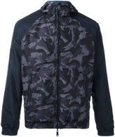 Armani Jeans camouflage print windbreaker - men - Polyester - 54