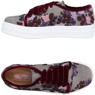 Rose' A Pois Low-tops & sneakers