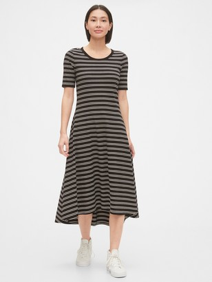Gap Short Sleeve Midi Dress