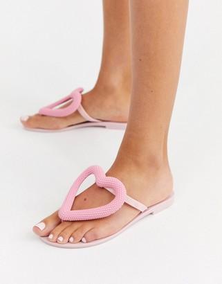 Melissa heart flip flops in pink