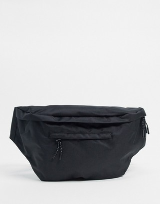 Pieces fanny pack in black