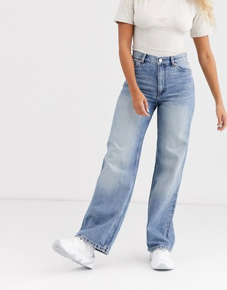 Monki Yoko wide leg organic cotton jeans in mid blue