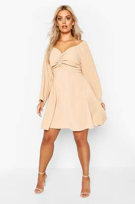boohoo Plus Puff Sleeve Ruched Detail Skater Dress