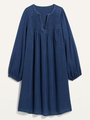 Old Navy Split-Neck Pintucked Chambray Swing Dress for Women