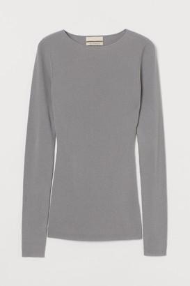 H&M Ribbed wool top