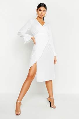 boohoo Pleated Chiffon Flare Sleeve Midi Dress