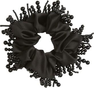 Tasha Oversized Imitation Pearl Scrunchie