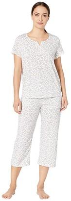 Karen Neuburger Petite Island Breeze Short Sleeve Henley Capris PJ (Ditsy Bright White) Women's Pajama Sets