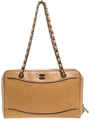 Chanel Light Brown Leather Resin Chain Medium Vintage Shoulder Bag