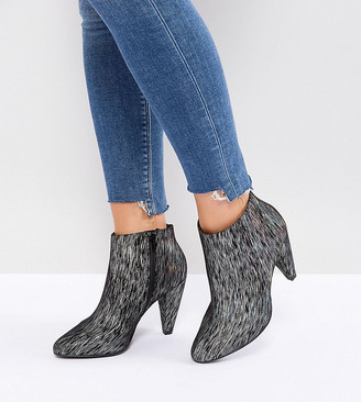 New Look Wide Fit Printed Cone Heeled Ankle Boot