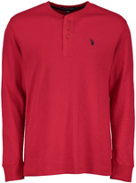 U.S. Polo Assn. Men's Tee Shirts ERED - Engine Red Long-Sleeve Thermal Henley - Men