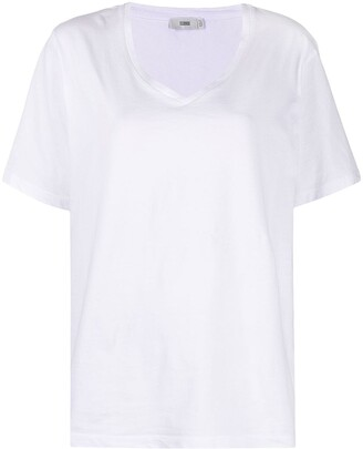 Closed oversized V-neck T-shirt
