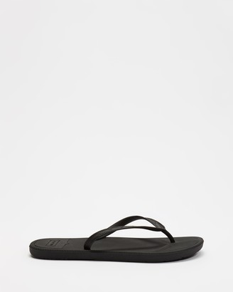 Hunter Women's Black All thongs - Original Flip Flops - Size 5 at The Iconic