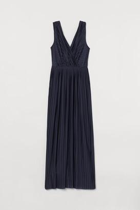 H&M Pleated jersey maxi dress