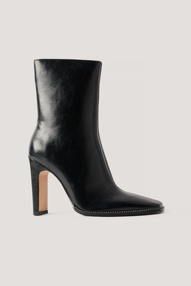 NA-KD Rhinestone Detailed High Heel Boots