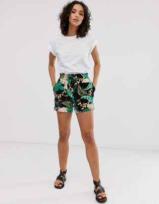 Only tropical print shorts-Black
