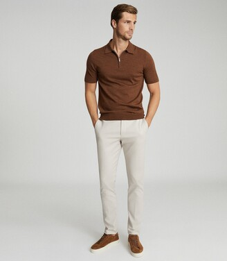 Reiss Maxwell - Merino Wool Zip Neck Polo in Tobacco
