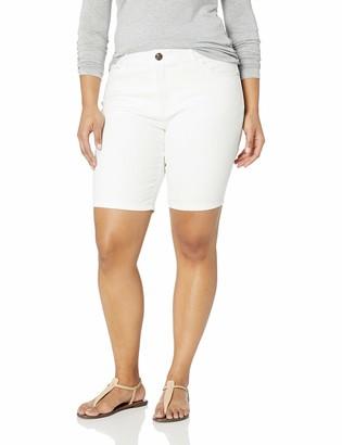 Lee Women's Plus Size Flex Motion Regular Fit 5 Pocket Bermuda Short