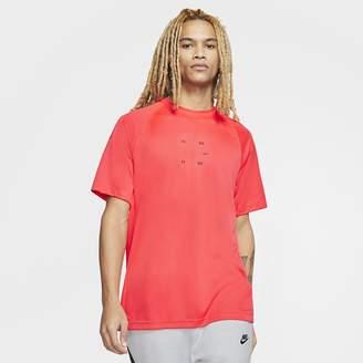 Nike Men's Short-Sleeve Knit Top Sportswear Tech Pack