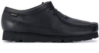 Clarks Exposed-Seam Lace-Up Shoes