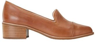 Jane Debster Expert Tan Glove Flat Shoes