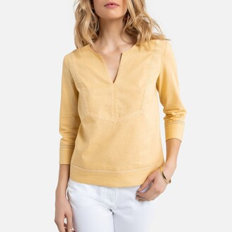 Anne Weyburn Linen/Cotton Blouse with V-Neck and 3/4 Length Sleeves