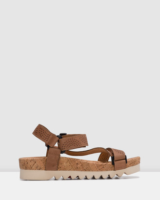 Roolee Sandal Tooth Wedge Strap Punch
