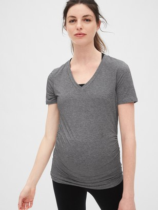 Gap Maternity GapFit Breathe V-Neck T-Shirt