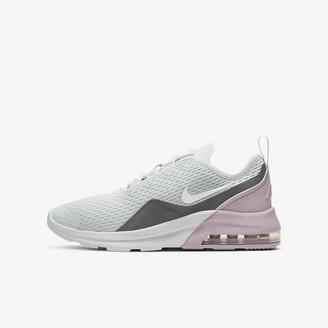 Nike Big Kids' Shoe Motion 2