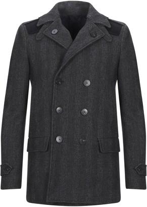 Futuro Coats