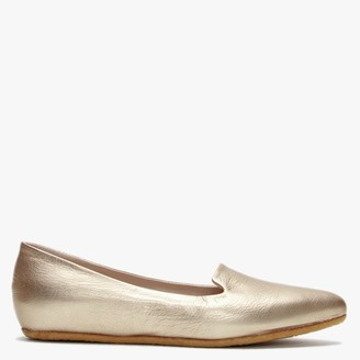 Yin Scarlet Champaign Gold Pointed Pumps