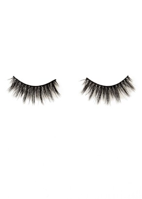 Blinking Beaute Stand Out Luxe Innovative False Lashes