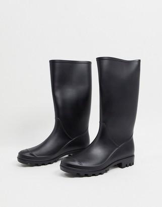 ASOS DESIGN Genie pull on wellies in matte black