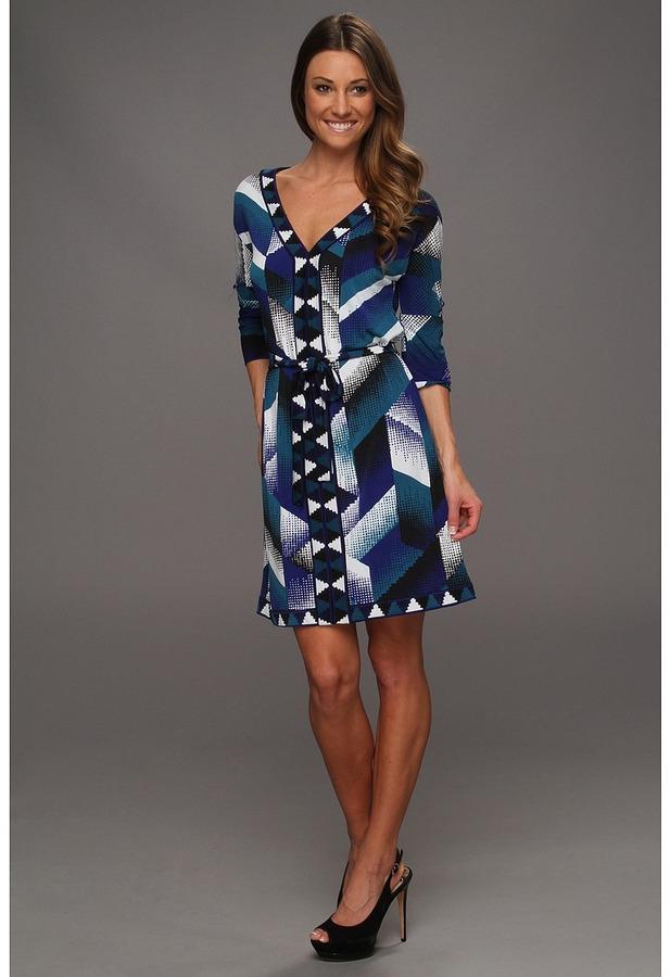 BCBGMAXAZRIA Knit Casual Dress with Short Sleeves Women's Dress