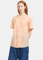 Story Mfg. Women's Shore Print Short Sleeved Shirt in Peach