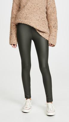 Plush Fleece-Lined Liquid Leggings