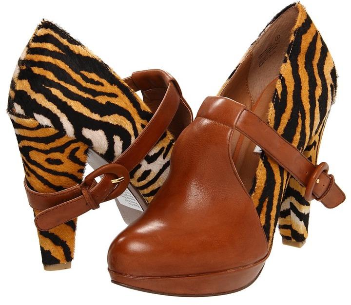 Naughty Monkey Sha La La (Tan) - Footwear