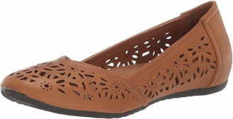 Easy Street Shoes Women's Charlize Ballet Flat