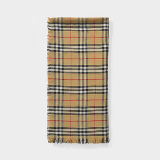 Burberry Vintage Check Lightweight Scarf In Antique Yellow Cashmere