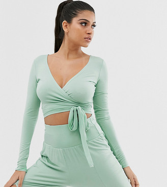 South Beach yoga long sleeve wrap top in mint-Green
