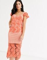 Liquorish lace panel midi dress in coral