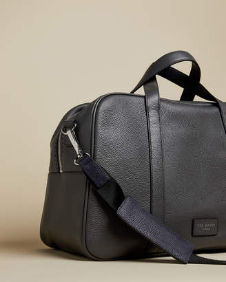 Ted Baker TRAVES Core leather holdall