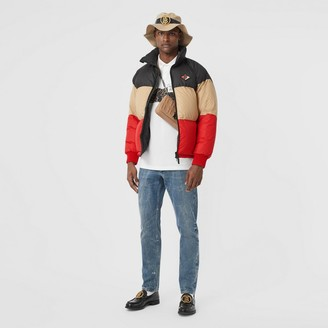 Burberry ogo Graphic Striped Puffer Jacket