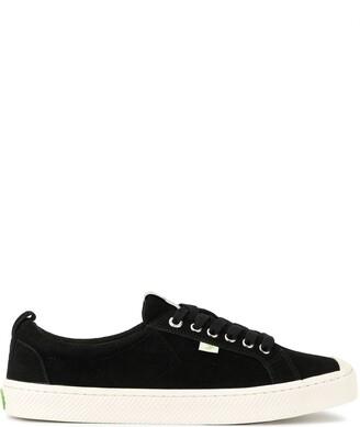 Cariuma OCA Low Black Suede Sneaker
