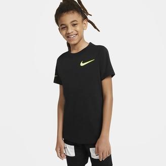 Nike Big Kids' T-Shirt Sportswear