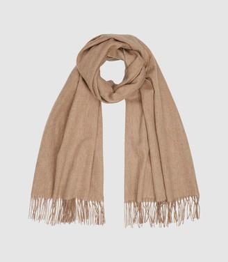 Reiss Jen - Wool Cashmere Blend Oversized Scarf in Neutral
