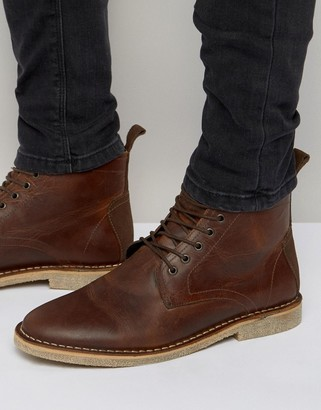 Asos Design DESIGN desert boots in tan leather with suede detail