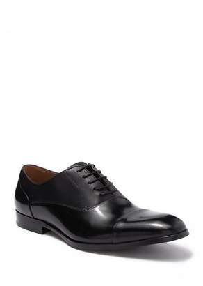Steve Madden Private Leather Cap Toe Oxford