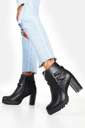 boohoo Double Buckle Block Heel Chelsea Boots