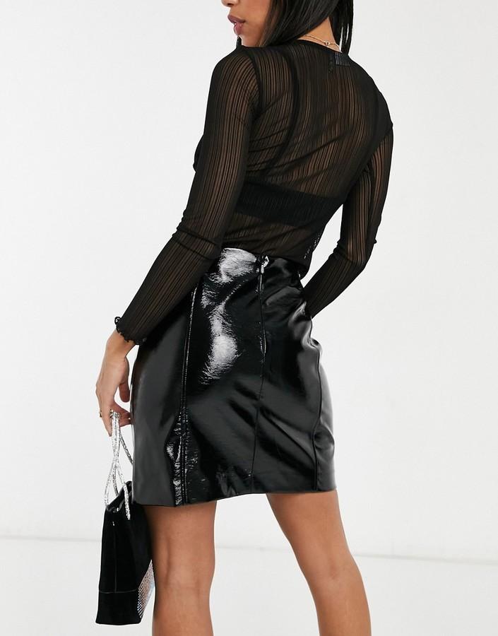 Thumbnail for your product : New Look vinyl mini skirt in black